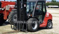 Manitou_forklift_in_Munich